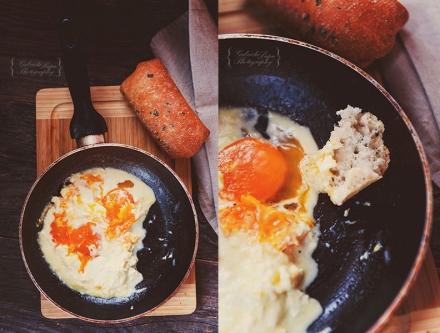 eggs on sour cream